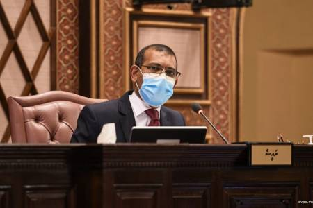 Speaker urges public to wear masks
