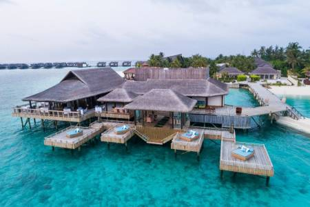 Jumeirah Vittaveli wins big at the World Luxury Spa and Restaurant Awards