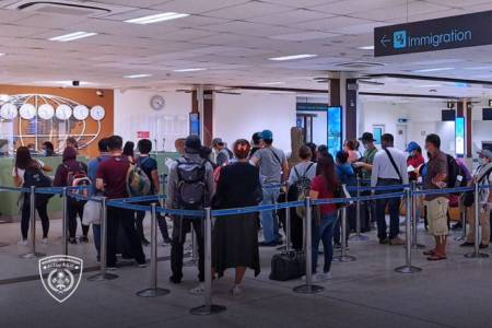 701 foreigners granted clearance to leave Maldives amid lockdown